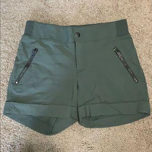 Athleta Shorts - Size 4